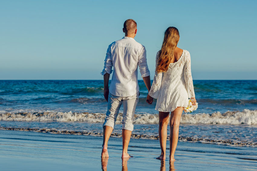 5 magnetic ways to attract your husband